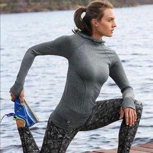 Athleta tracker hoodie pullover